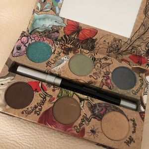 Urban Decay Vegan Eyeshadow Palette